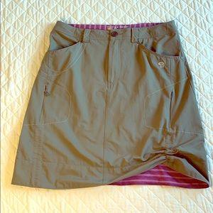 Mountain Hardware Ruching optional Skirt